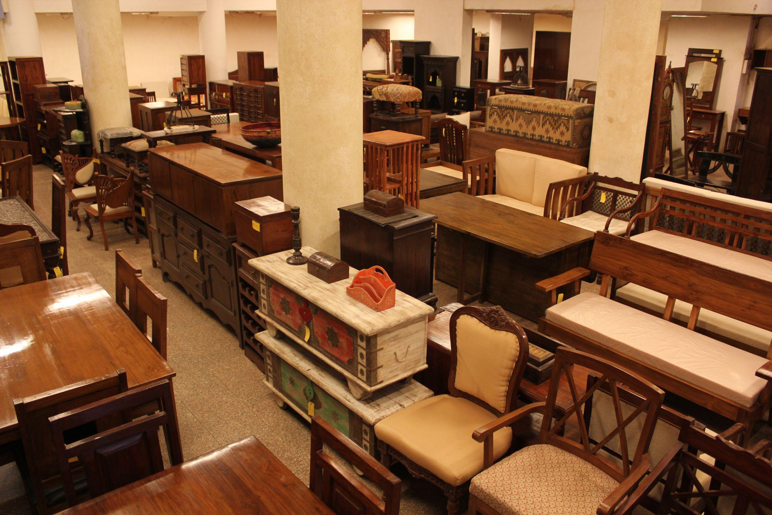 Kết quả hình ảnh cho showroom đồ gỗ nội thất